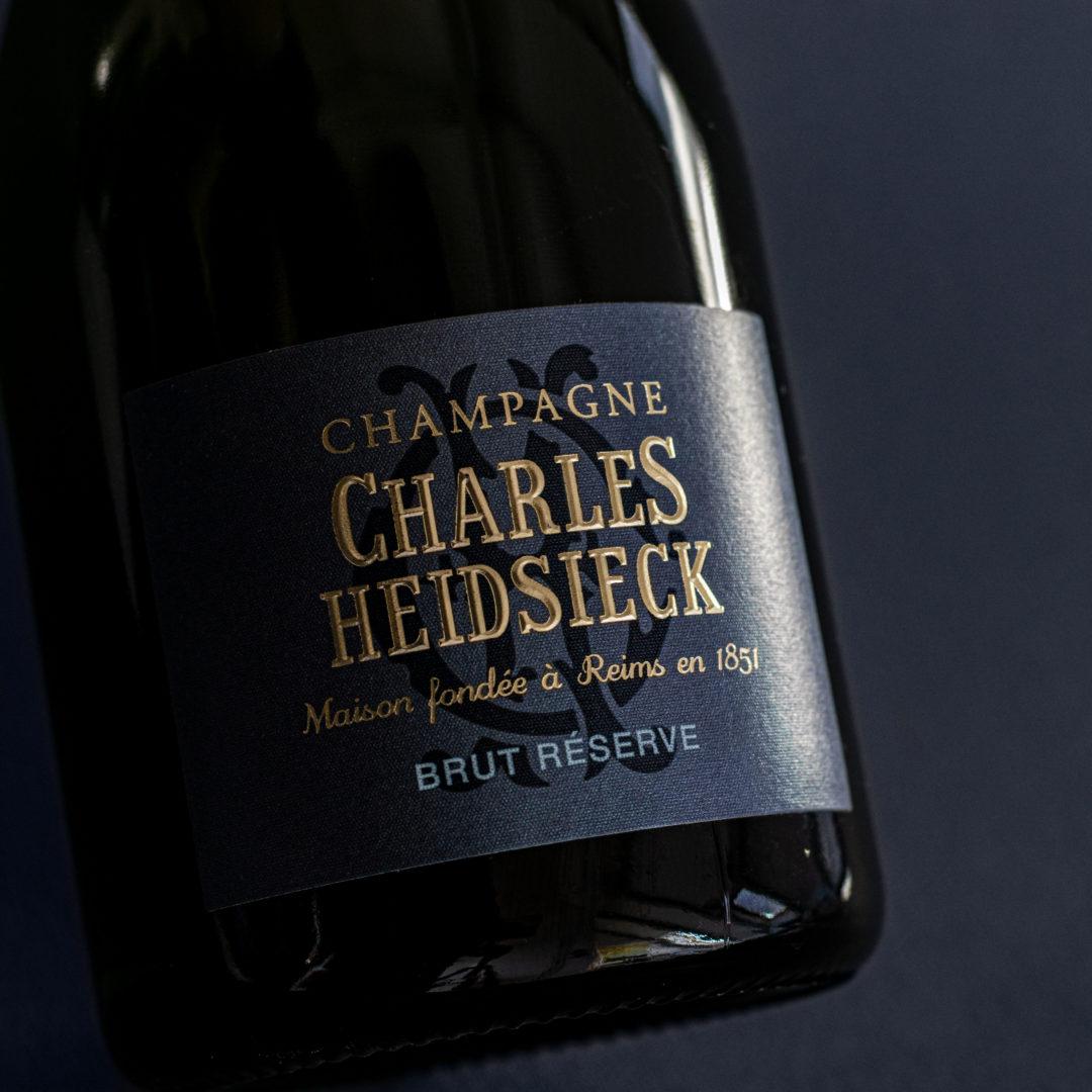 Emmanuel Pithois | Grand Cru | 1/3 Pinot Noir , 1/3 Chardonnay & 1/3 Pinot Meunier | Assemblage aus 60 Crus | 40% Reserveweine - mind. 10 Jahre alt
